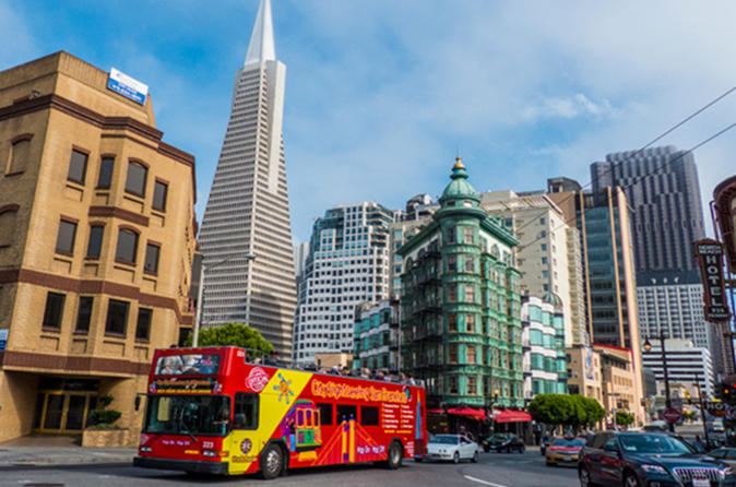 City and Sea Adventure: San Francisco Bay Cruise Including Hop-On Hop Off Tour