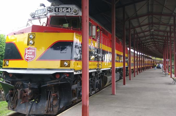 Day Tour Panama Canal, Railway and San Lorenzo Fort in Colon