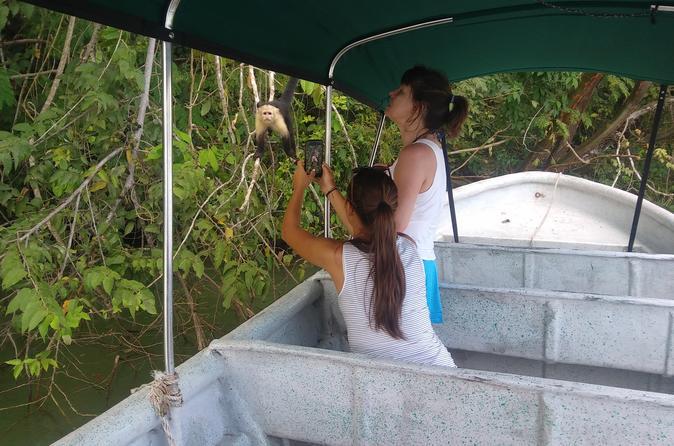 Tour Monkey Island and Indian Village