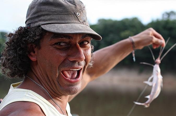 Excursão de expedição de meio dia pelo Rio Negro
