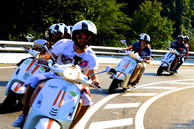 Barcelona City Tour by Vespa
