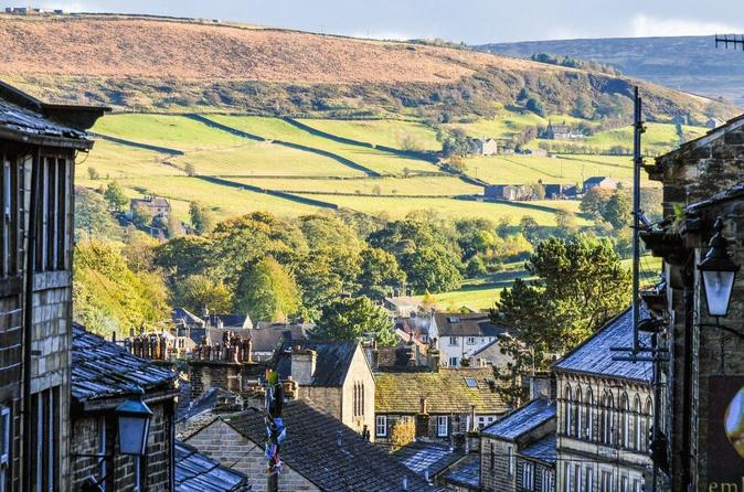 Private Group Haworth, Bolton Abbey and Yorkshire Dales Day Trip from York