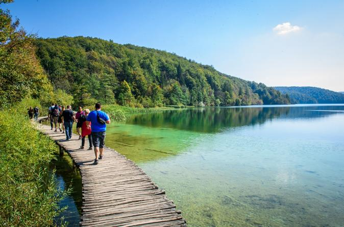 Lagos de Plitvice e excursão diurna por Rastoke, saindo de Zagreb