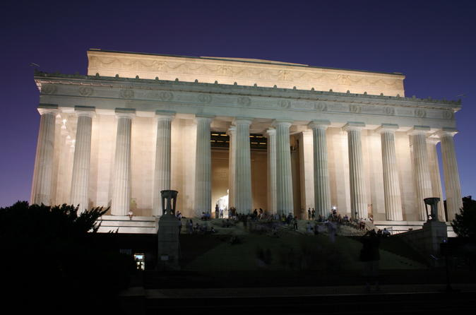 3 Hour Moonlight Tour of Washington DC