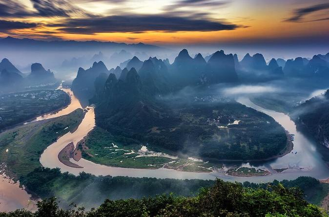 Private Hiking Day Tour of Essential Li River Circle from Guilin or Yangshuo