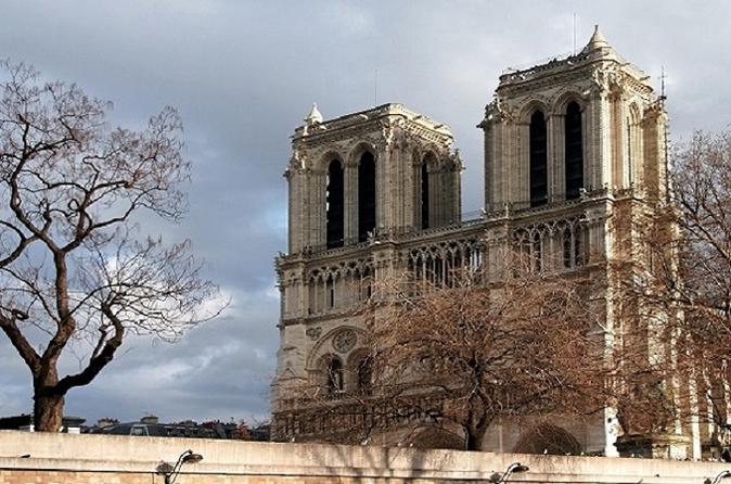 Private Paris Half Day Interactive Audio Guide City Tour and Sightseeing Cruise