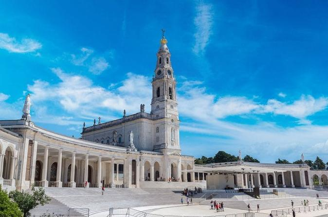 Fátima Private Tour All Day from Lisbon