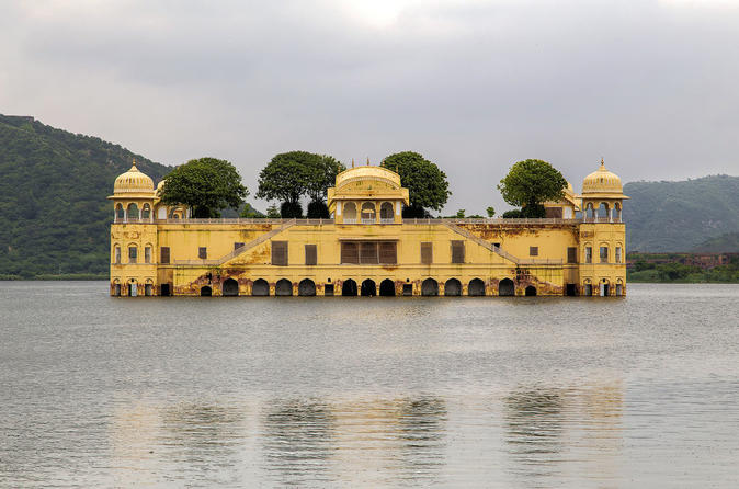 Full day private Jaipur city tour with lunch