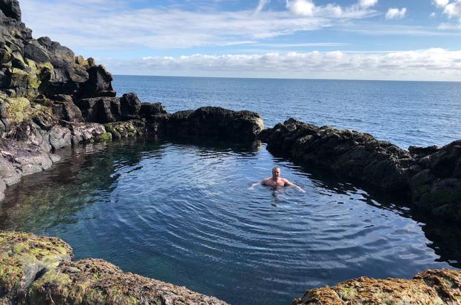Guided Reykjanes Peninsula with a local