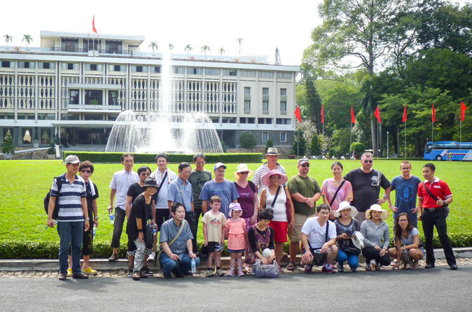 Full-Day Ho Chi Minh City and Cu Chi Tunnels Tour with Lunch