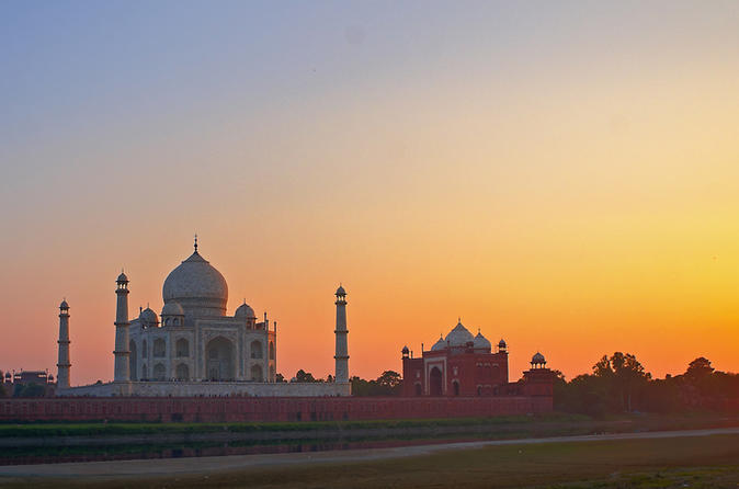 Agra Tour With Local Guide