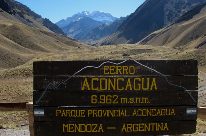Mount Aconcagua Trekking Tour to Confluencia from Mendoza