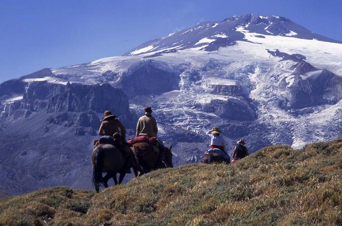 Travessia de 7 dias nos Andes saindo de Mendoza ao Chile a cavalo