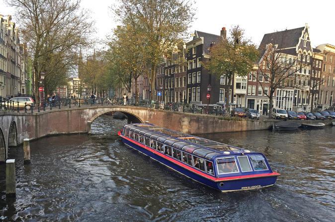 Cruzeiro pelos canais da cidade de Amsterdã e ingresso normal Evite as Filas para Madame Tussauds