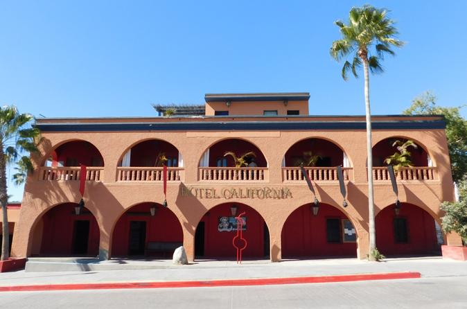 Todos Santos and Pescadero Combo Tour from Los Cabos: City Sightseeing and Shopping