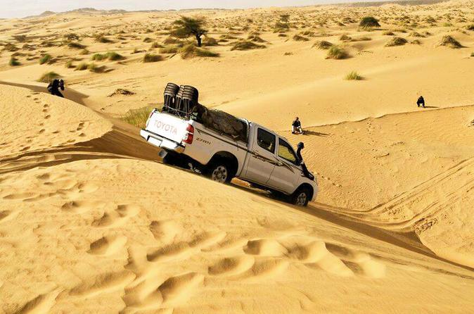 4WD trips around Mauritania Deserts and UNESCO World Heritage sites