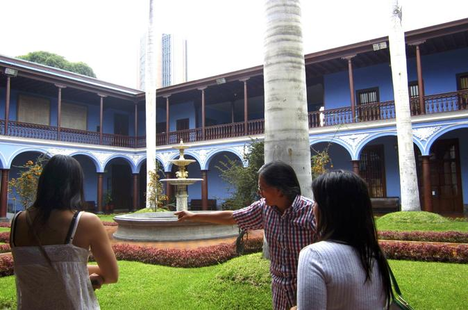 Small-Group Tour of Lima Historical Buildings