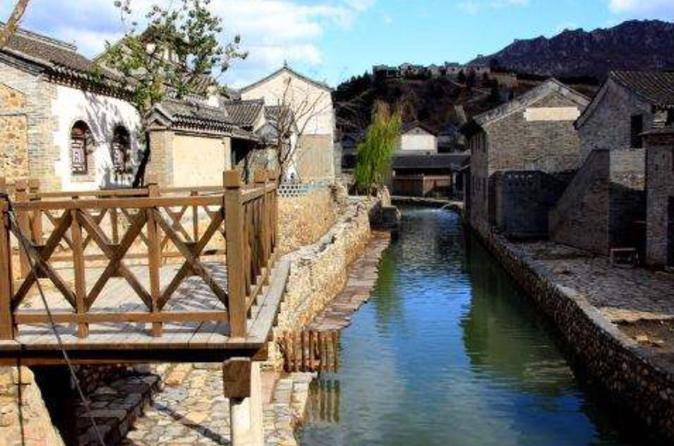 Private Tour to Simatai Great Wall&Gubei Water town with Speaking-English Driver
