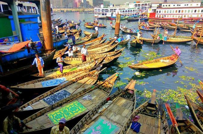 Explore Dhaka City in Local Way !!