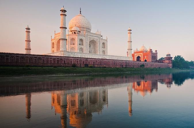 Private Agra: Local Sightseeing Tour by Car and Driver