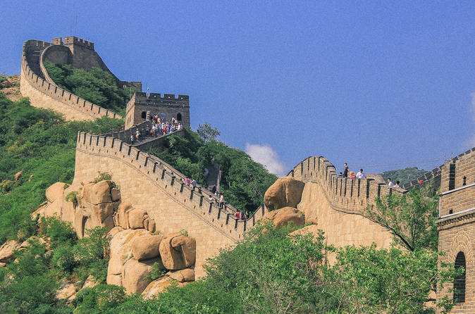Ancient great wall hiking one day tour with hotel pick-up and send-back