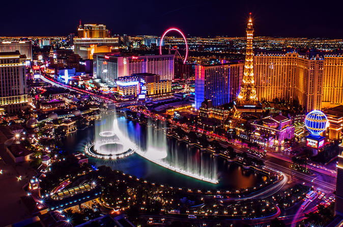 Limousine Transfer - Las Vegas (LAS)  - Las Vegas Downtown (1-8 people)