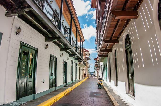 Photography Tour in Casco Viejo Panama