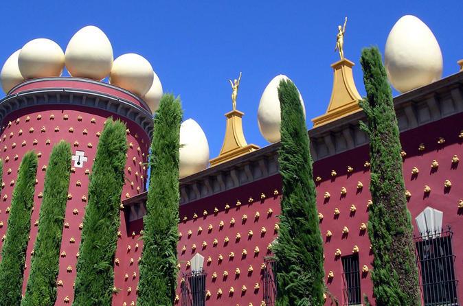 Viagem de um dia ao Museu de Dali de Barcelona em um trem de alta velocidade com excursão opcional por Girona
