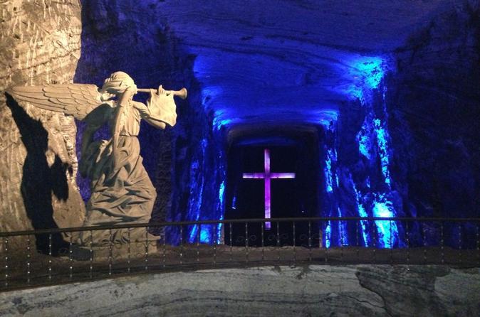 Excursão à Catedral de Sal