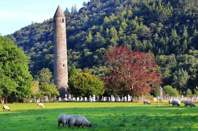 Full-Day Glendalough and Kilkenny Tour from Dublin