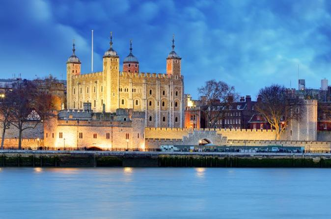 Castles & Bridges See over 15 London Top Sights (Private Tour) (Kids go free!)