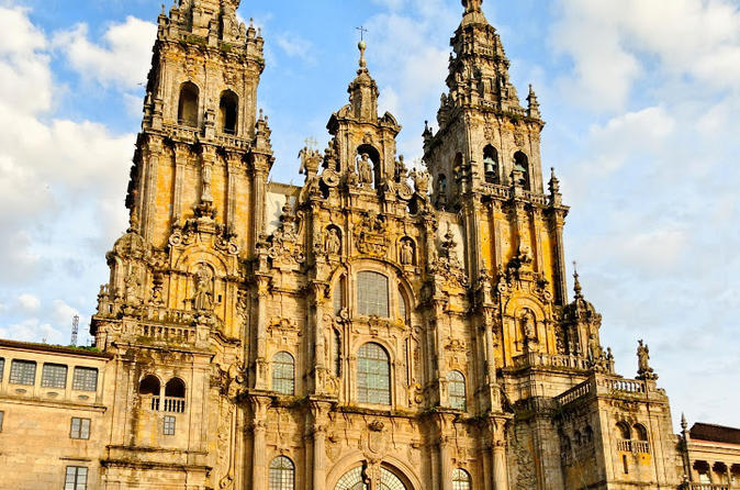 Full day tour to santiago de compostela and valen a do minho from in valenca do minho 193848