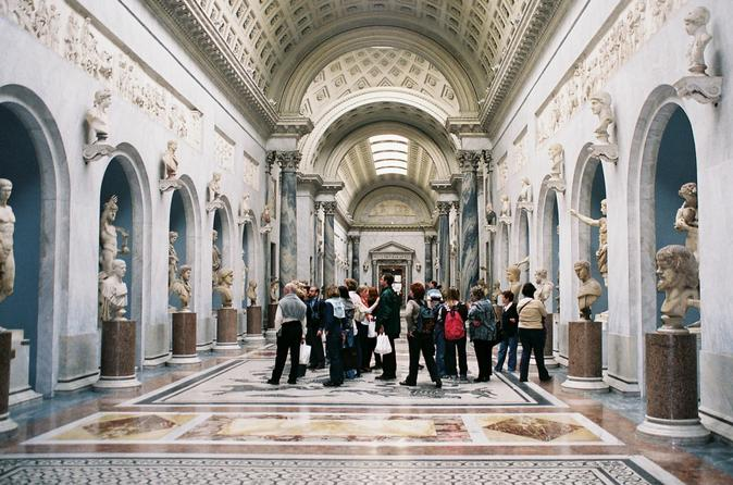 Skip-the-Line: Vatican, Sistine Chapel, and St Peter's Basilica Small-Group Tour