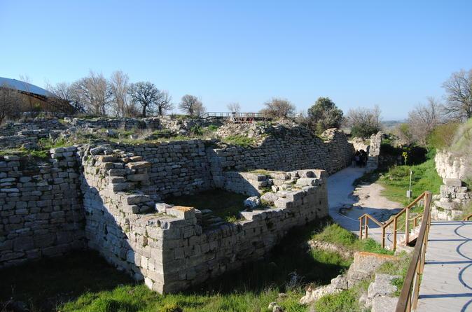 Troy and Gallipoli Day Trip from Canakkale