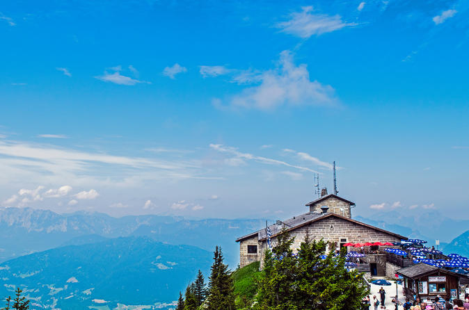 Private Eagles Nest Tour from Munich with tour end in Salzburg