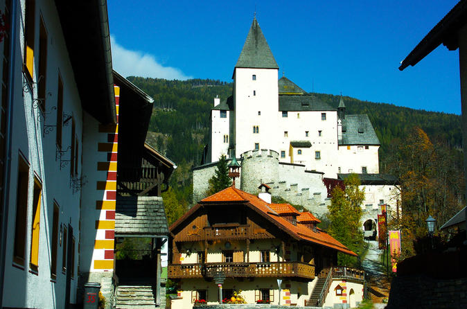 The Grand Castle Tour - Full Day Private Tour from Salzburg