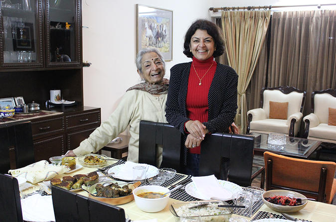 Private Cooking Lesson and Punjabi Meal with Vetted Local Home Cooks in Delhi