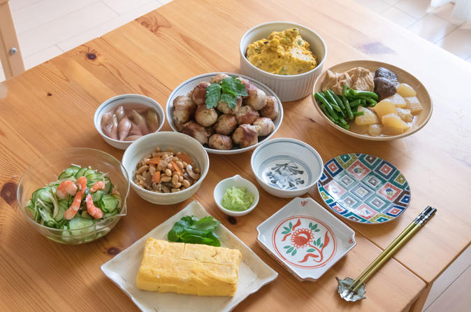 Private Hands-On Cooking Class with a Local Host in Her Tokyo Home