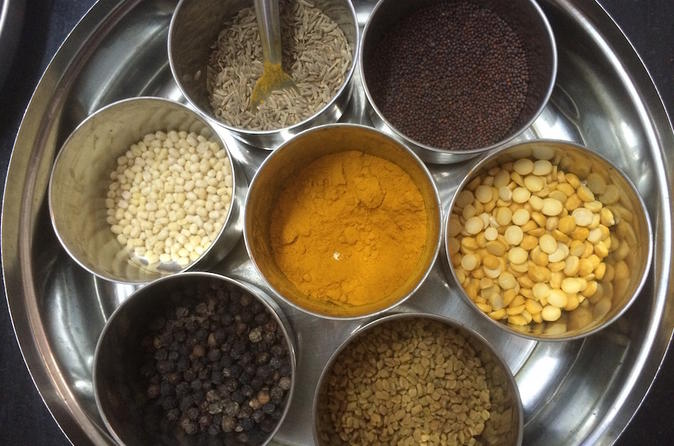 Private In-Home Vegetarian Cooking Class and Meal in T Nagar Chennai