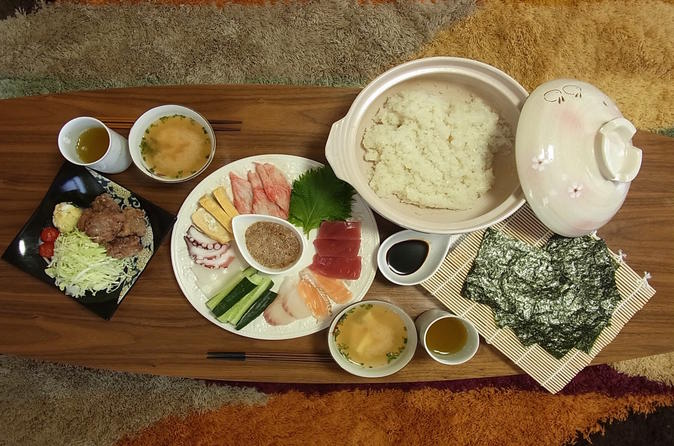Private Japanese cooking experience in a local's home in the heart of Tokyo""