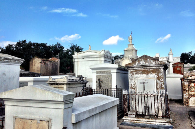 St. Louis Cemetery Tour