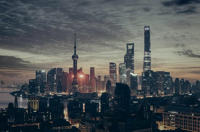 Private Layover Tour: Shanghai City Overview with Maglev Train and Dim Sum