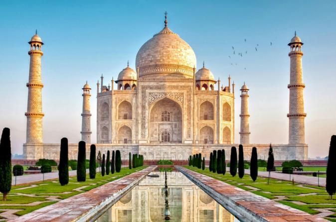 Taj Mahal and Agra Fort Day Trip From Delhi in WiFi Enabled Car