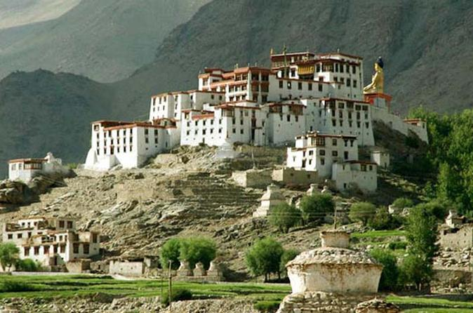 6 day himalayan ladakh tour buddhist monasteries lakes and yaks from in leh 204862