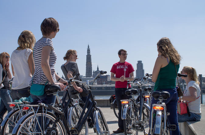 3 hour antwerp bike tour in antwerp 185382