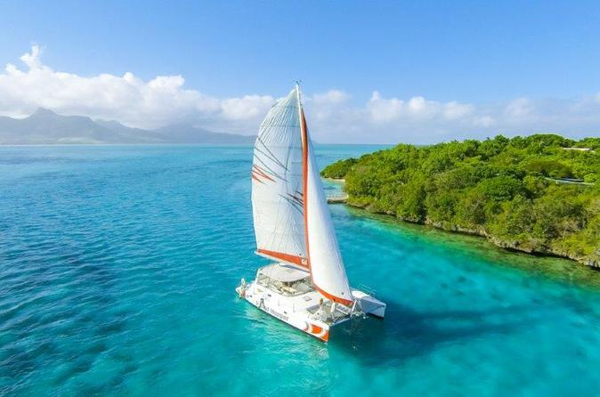 Catamaran cruises mauritius full day cruise to isle aux cerfs in mahebourg 199510