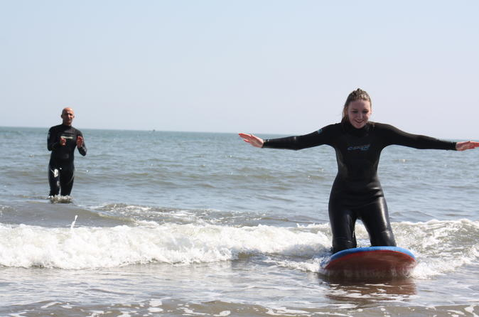 2 hour private surfing lesson for up to five people in scarborough in scarborough 321207