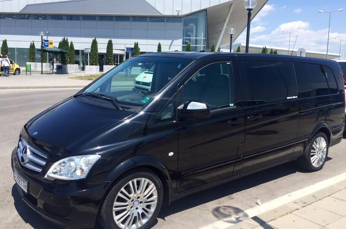 Arrival Private Transfer: Airport Charles de Gaulle OR Orly TO La Defense