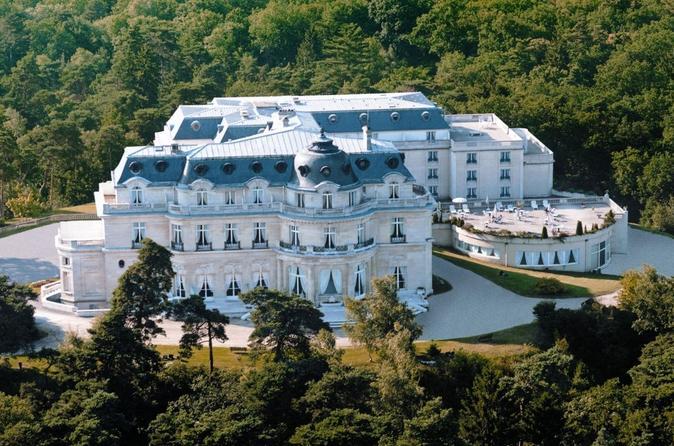 Private Transfer: Paris to Tiara Château Mont Royal Chantilly