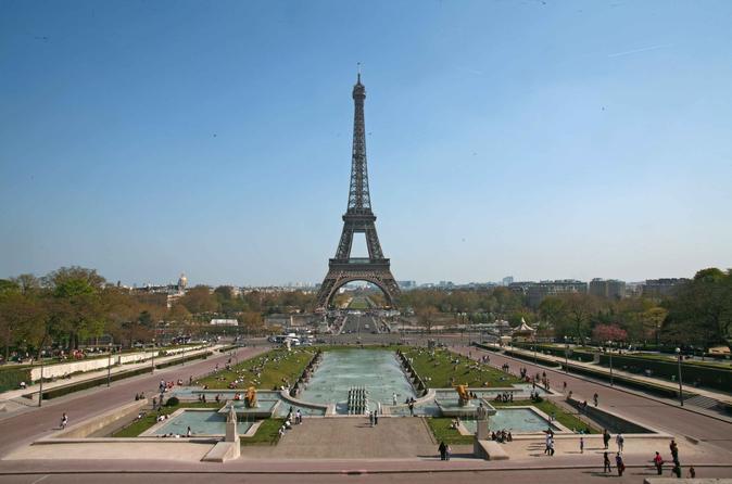 Lunch Restaurant 58-Eiffel Tower Ticket and  Seine River Cruise